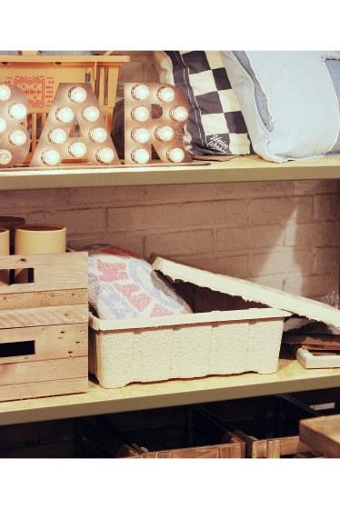 ���㡼�ʥ륹��������� �ե��˥��㡼 MOLDED PULP BOX L �������� K