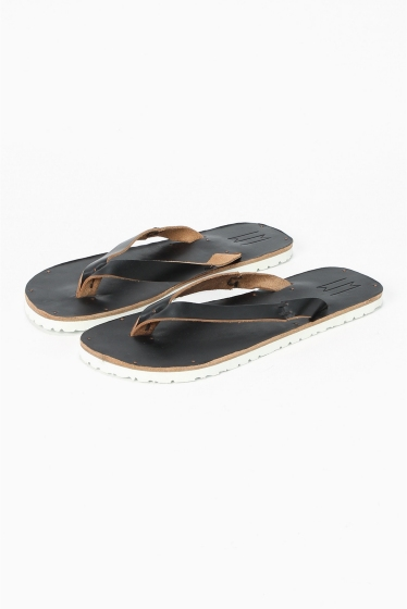���ǥ��ե��� ��LECHOPPE��W MATILDA indian sandal �֥�å�
