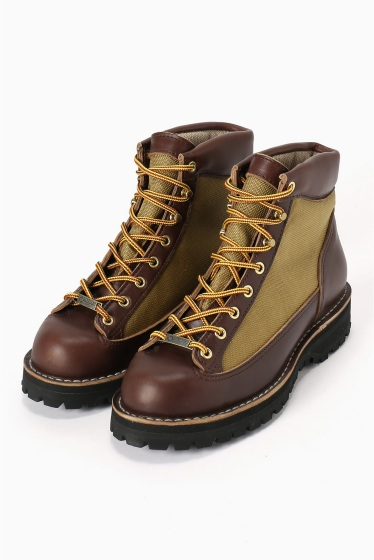 ���㡼�ʥ륹��������� ���塼�� DANNER / ���ʡ�: DANNER LIGHT REVIVAL / ���ʡ��饤�ȥ�Х��Х�֡��� �֥饦�� B