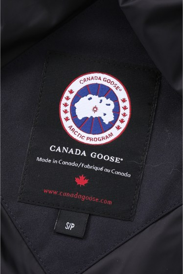 ������ CANADA GOOSE MACKENZIE�� �ܺٲ���24