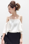 ���ѥ�ȥ�� �ɥ����������� ���饹 off shoulder Blouse��