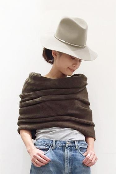 �����ԡ����ȥ��ǥ��� bassike knit snood�� ������
