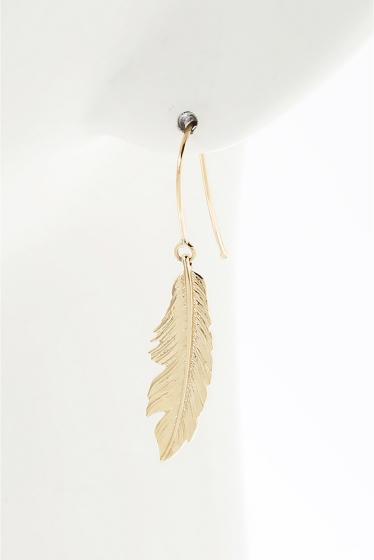 ���ѥ�ȥ�� �ɥ����������� ���饹 ��MANON VON GERGAN Small Feather PieRce �ܺٲ���5