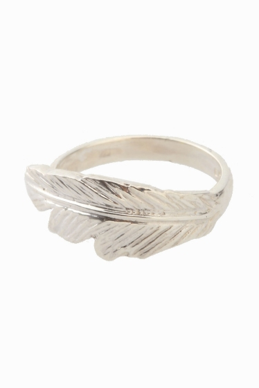 ���ѥ�ȥ�� �ɥ����������� ���饹 ��MANON VON GERGAN mini Feather Ring ����С�