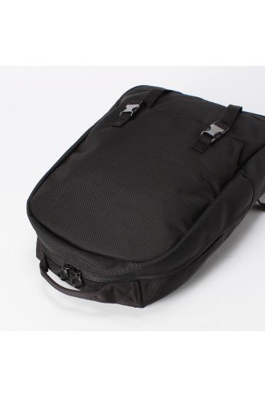���ǥ��ե��� C6 SimplePocketBackpack(DURABLE) �ܺٲ���4
