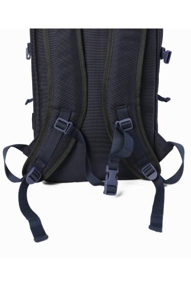 ���ǥ��ե��� C6 / �������å��� SimpleSlimBackpack(DURABLE) �ܺٲ���13