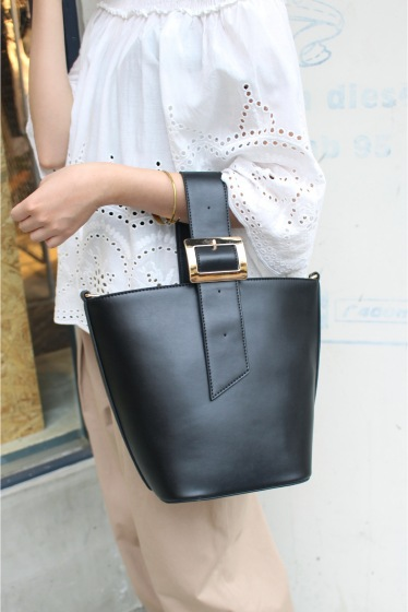 ���?�� ������ SLOBE BUCKET BAG�� �֥�å�