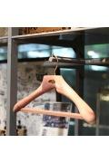���㡼�ʥ륹��������� �ե��˥��㡼 ��Woodlore��Contoured Ceder Hanger �ץ�ߥ��ॷ�����ϥ�
